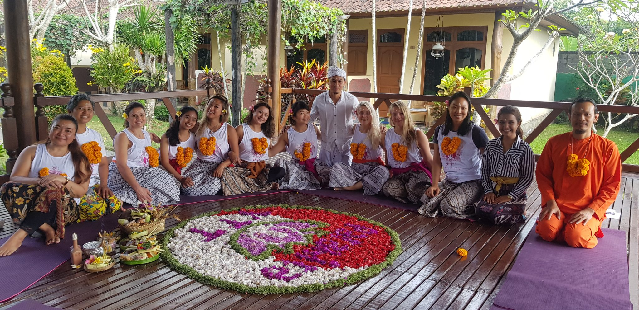 Hr Hatha Vinyasa Yoga Teacher Training At Lovina Bali